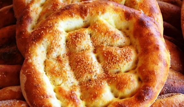 Рамазан Пиде. Популярный хлеб на время поста