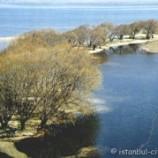 Прекрасное озеро Бейшехир между Ыспартой и Коньей